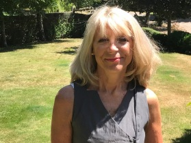 Julie Houston author pic