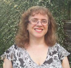 Author Photo - Jo - profile photo 2 - cropped